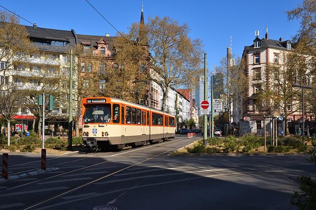 VGF Pt-Wagen 148 Schweizer Platz