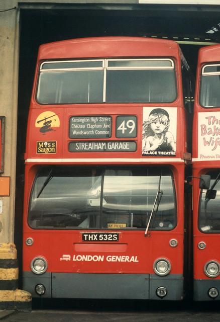 25 December 1989 Merton bus garage THX532S