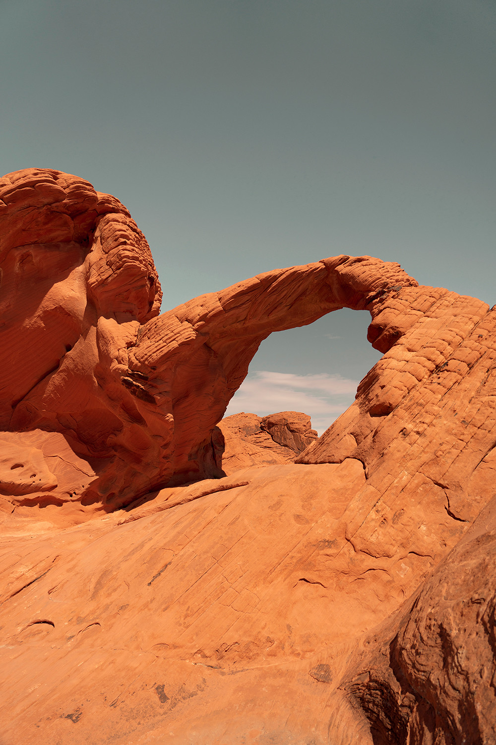 04valleyoffire-archrock-vegas-nevada-travel-landscape-photography