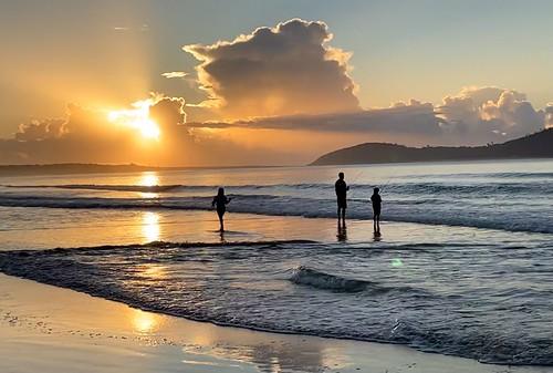 fingalbeach sun sea morning fishing family silhouette beach sunrise