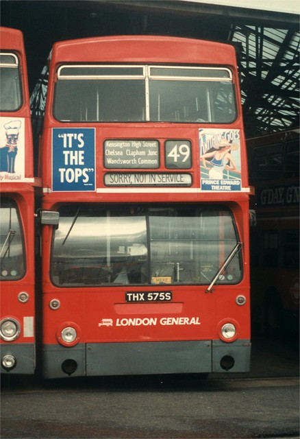 25 December 1989 Merton bus garage THX575S