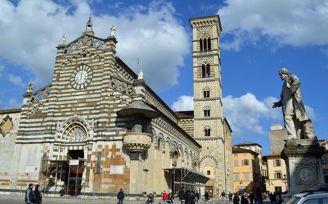 Prato, piazza del Duomo, Explore May 4, 2021 #218