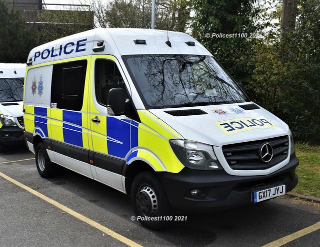 Sussex Police MB Sprinter GX17 JYJ