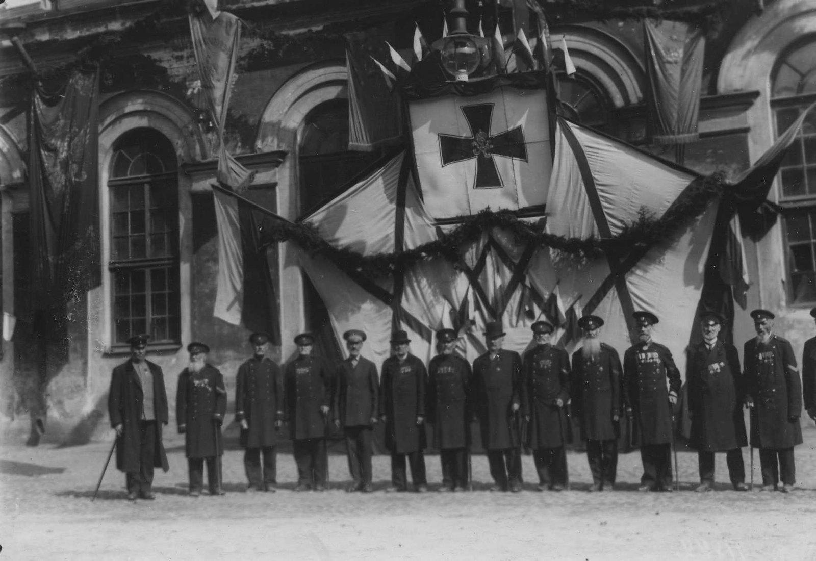 1913. Ветераны Егерского полка, на праздновании 100-летнего юбилея Кульмской битвы