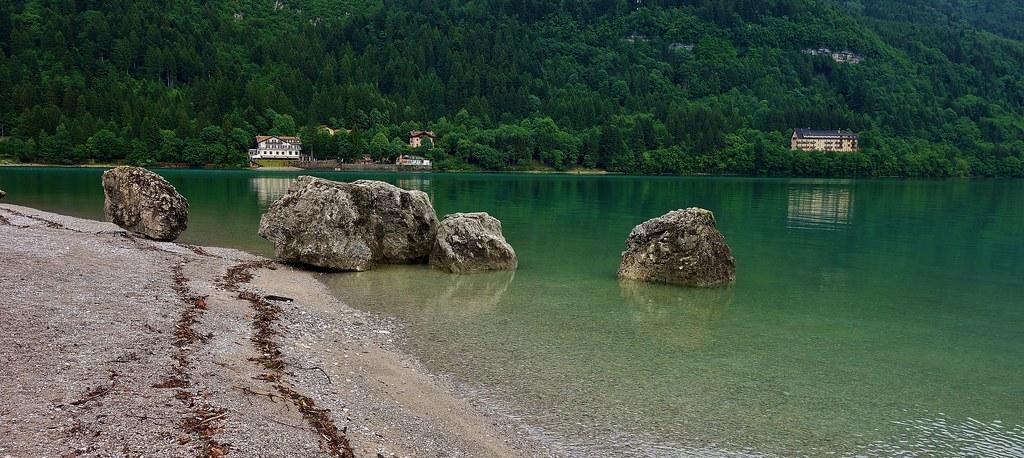ITALIEN, Italy,  Rund um Molveno  (TN) , Am Seeufer, , 79040/13651