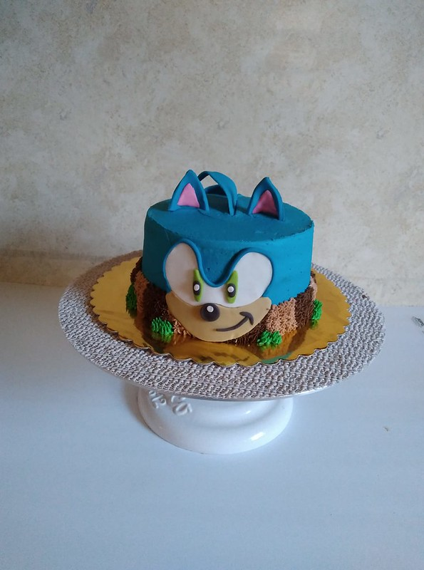 Cake by Jessie's Confections