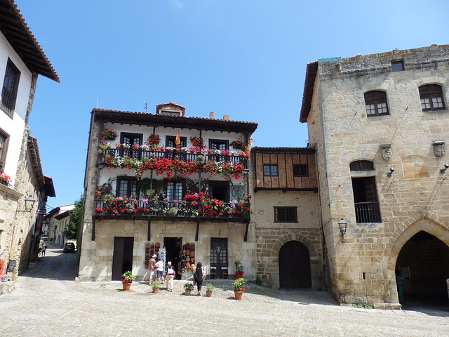 Plaza - Santillana del Mar - Cantabria