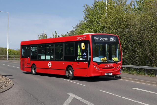 Route 698, London United, DE20022, YX09HJJ