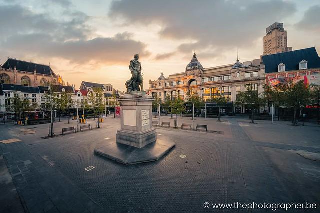 Verlaten Groenplaats in Antwerpen