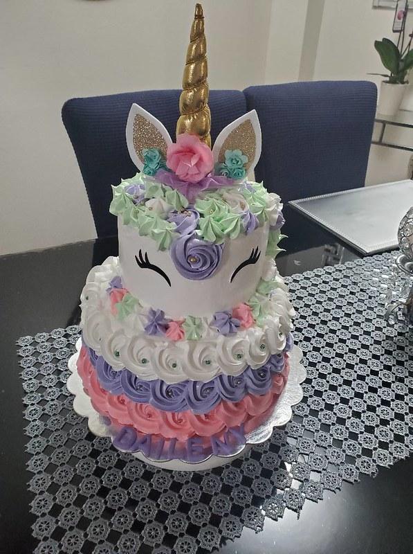 Cake by DLeahnaCake