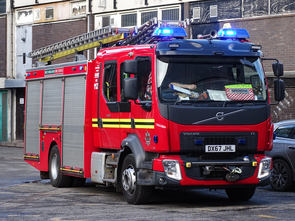 West Midlands Fire Service - Volvo FL - DX67 JHL (Canley)
