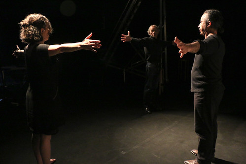 01- Théâtre dans les cavernes du numérique
