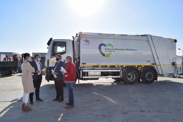 Nuevo camión de RSU para Los Palacios y Vfca