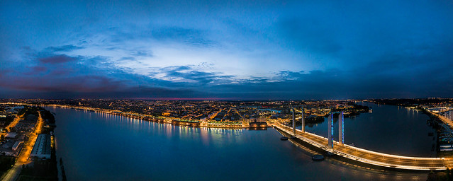 Flying Over Bordeaux Variation 3