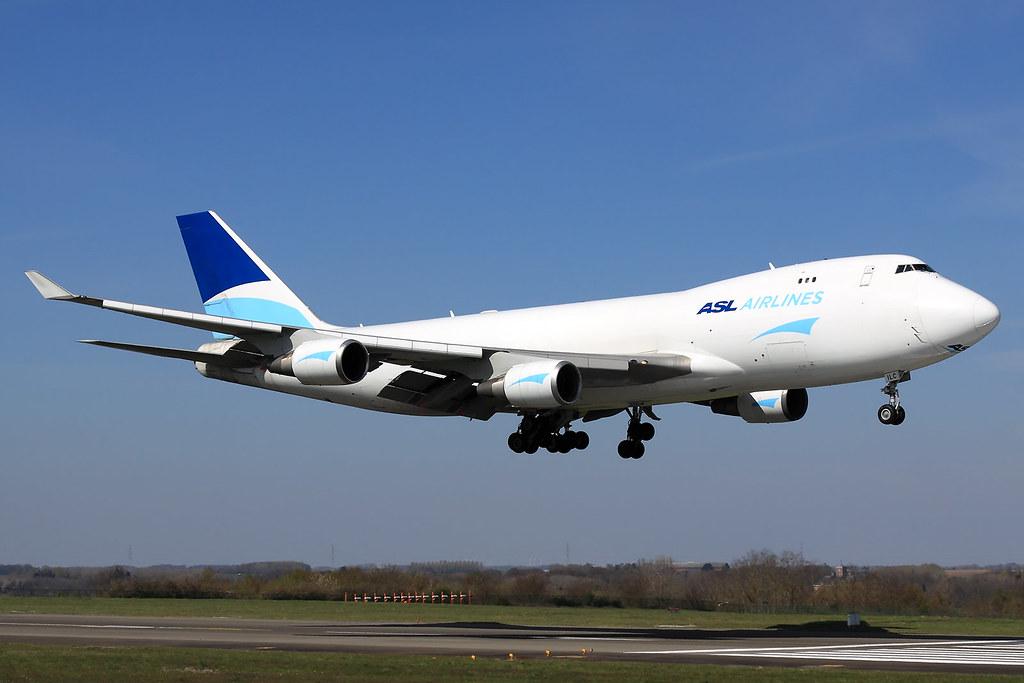 ASL Airlines Belgium  Boeing 747-409(F/SCD) OE-ILC