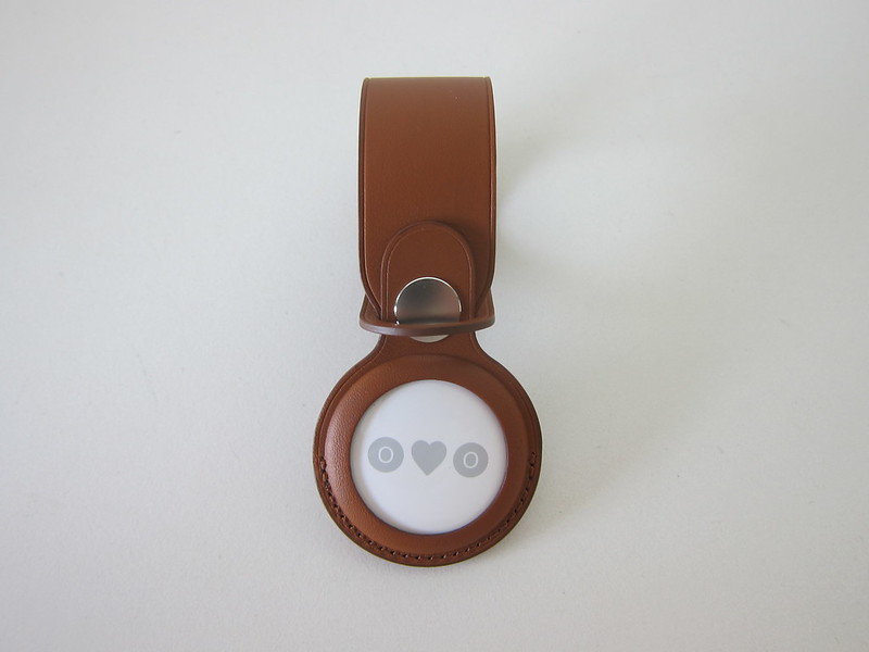 Apple AirTag Leather Loop - With AirTag - Front