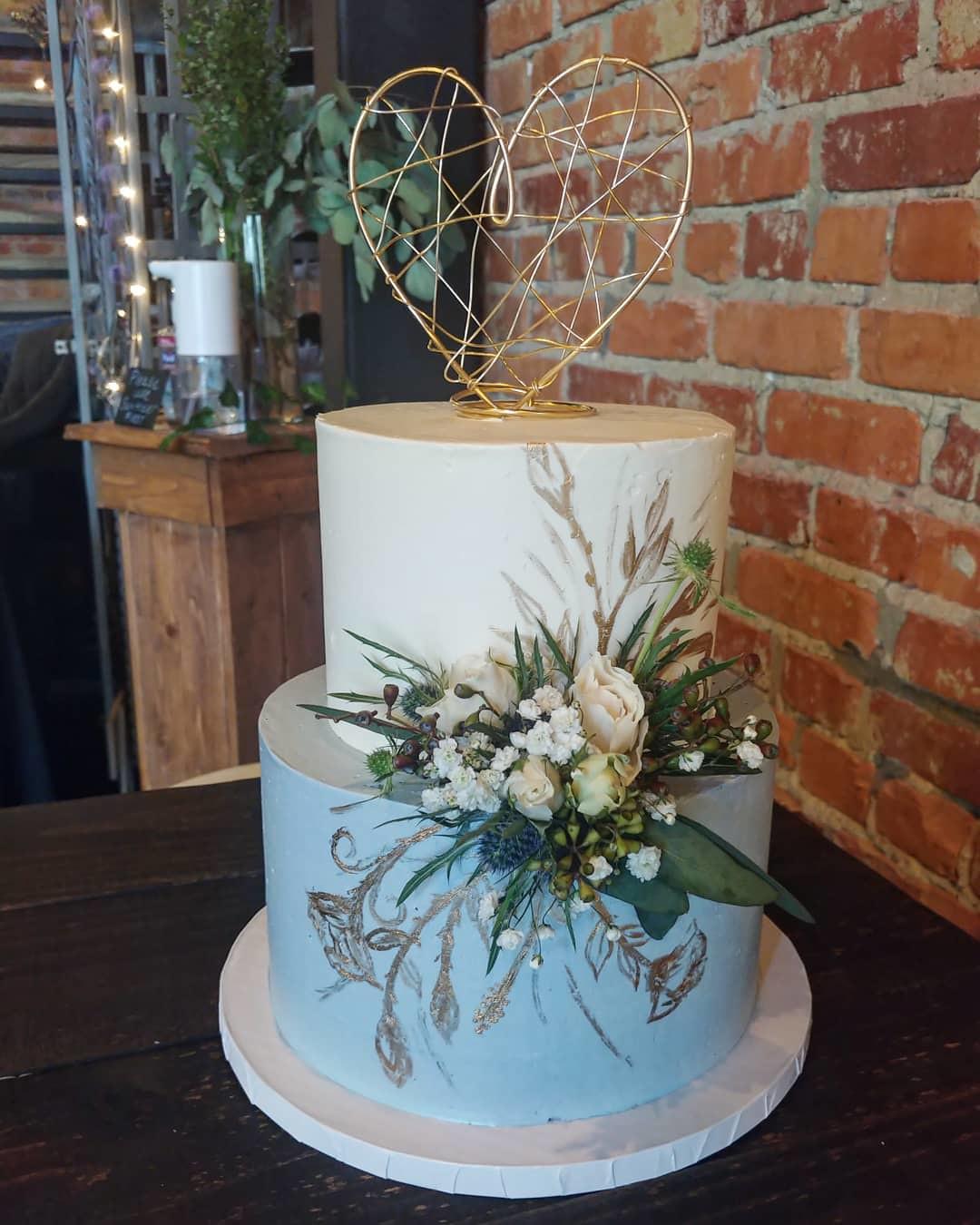 Cake by I Do Cakes LLC