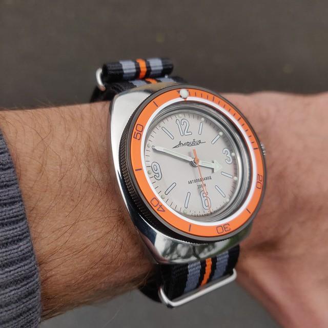 Montres, horlogerie et bidouilles - Page 2 51158222349_0f91687d54_z