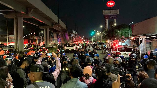 mexico-metro-collapse-04
