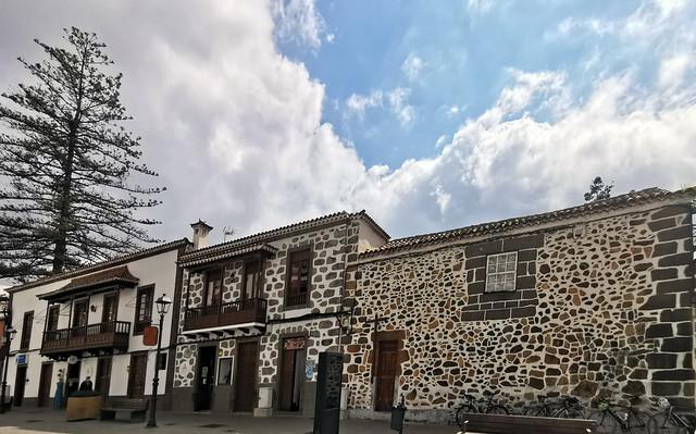 exterior edificios en Calle Paseo Gonzalez Diaz Teror Gran Canaria Islas Canarias 02
