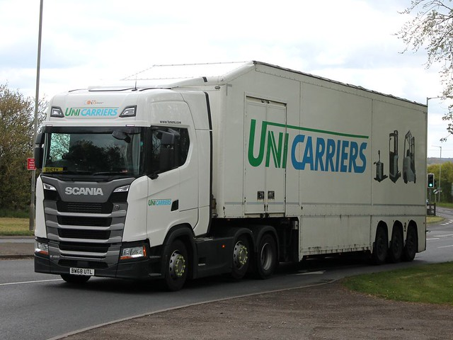 BW68 UTL - Howard Tenens (UniCarriers)