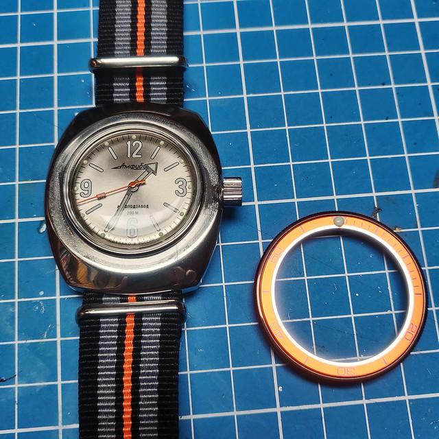 Montres, horlogerie et bidouilles - Page 2 51158647472_928763f80b_z