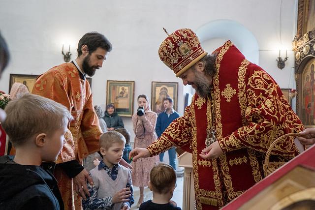 4 мая 2021, Литургия в Воскресенской церкви (Трёх исповедников) Твери | 4 May 2021, Liturgy in the Resurrection Church (Three Confessors) of Tver