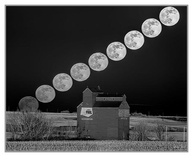 Super Moon IR