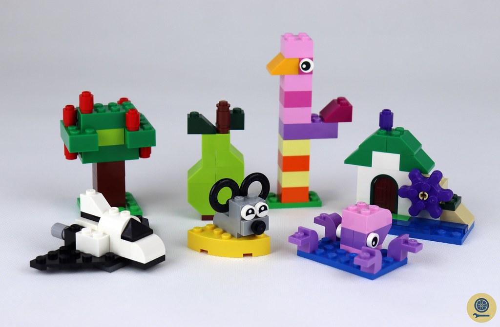 11016 Creative Building Bricks 1