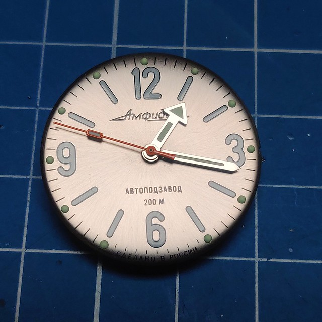 Montres, horlogerie et bidouilles - Page 2 51159224466_0ca52c167a_z