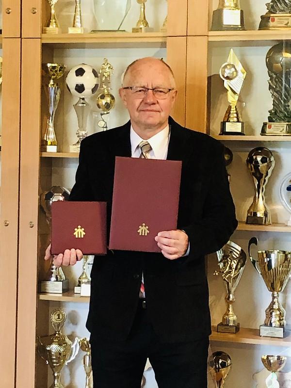 Gratulacje dla pana Marka Sikorskiego