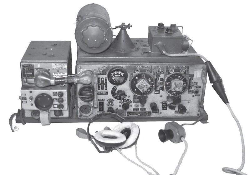 Radio-Wireless-no-19-MK-190-70y-1