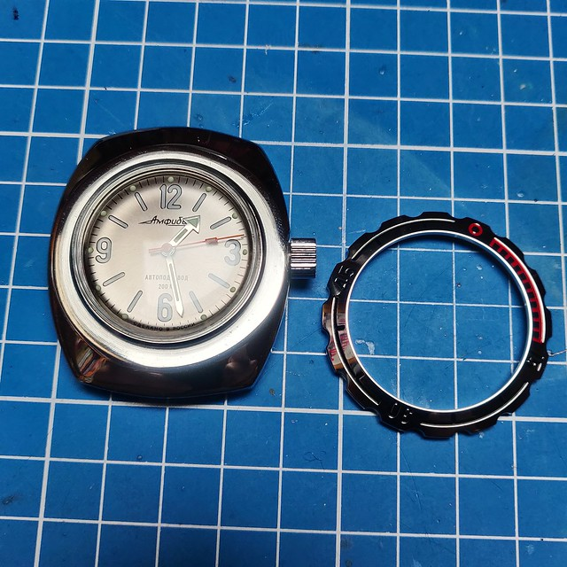 Montres, horlogerie et bidouilles - Page 2 51159310301_4bf5fb9c0d_z