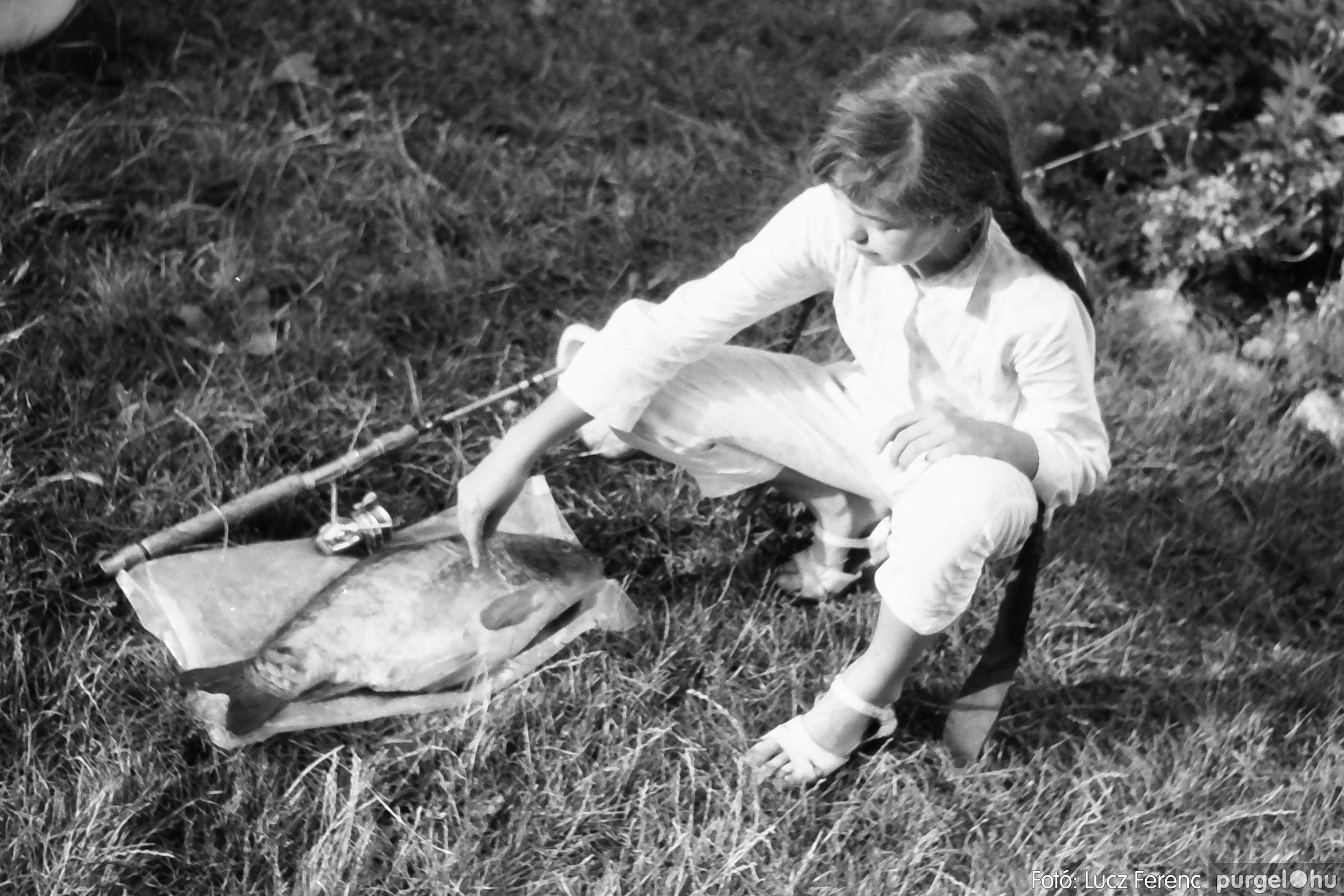 116. 1978. Indulás a nyári táborba 006. - Fotó: Lucz Ferenc.jpg