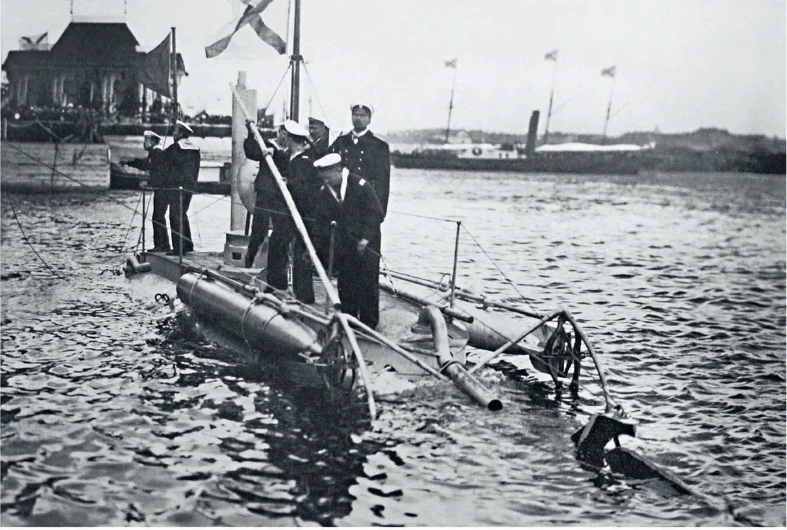 1903. Подводная лодка «Дельфин»