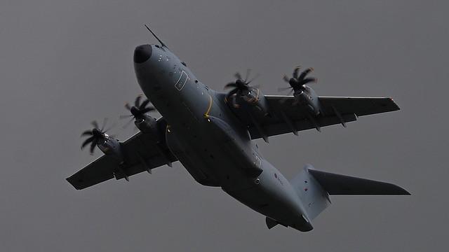 ZM406 - RAF A400