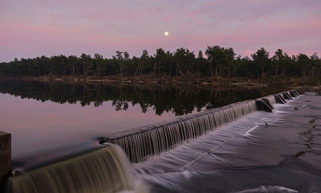 Sunrise at the Weir