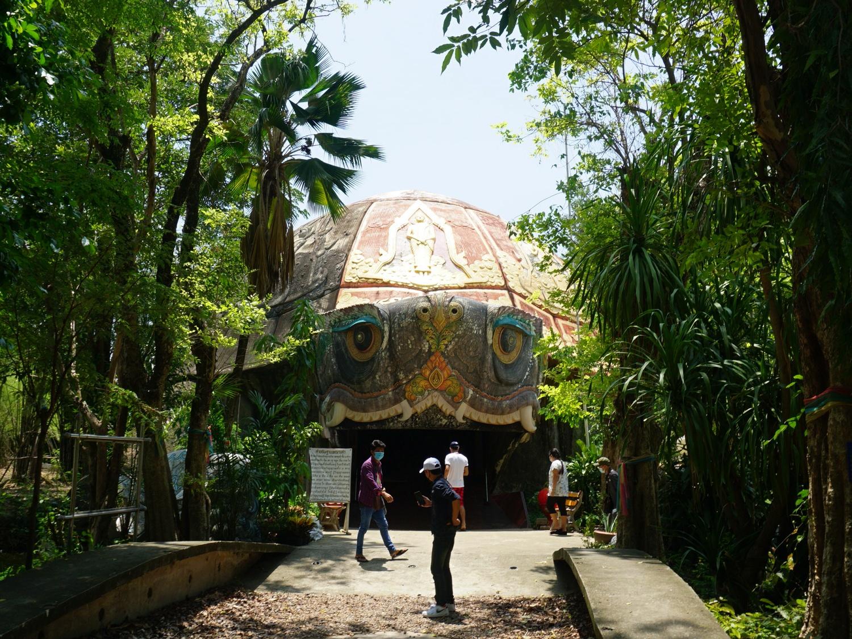 Wat Sam Phran turtle