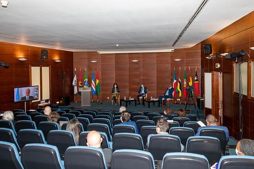 21.05. Ciclo de Debates - 3ª Sessão «Português, língua de cultura, ciência e inovação»