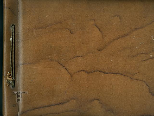 ArchivTappen23AAl3k700 Kindheit in Schlesien, Albumeinband (front), 1930er