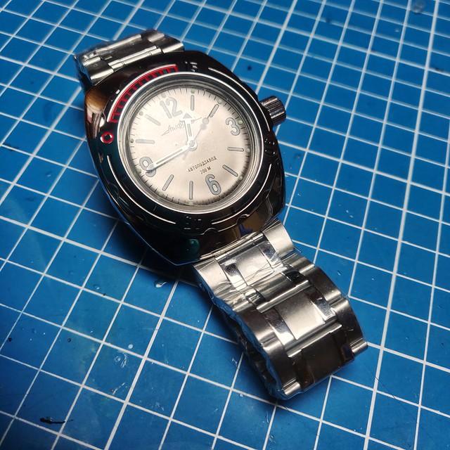 Montres, horlogerie et bidouilles - Page 2 51160335990_05b0d109d5_z