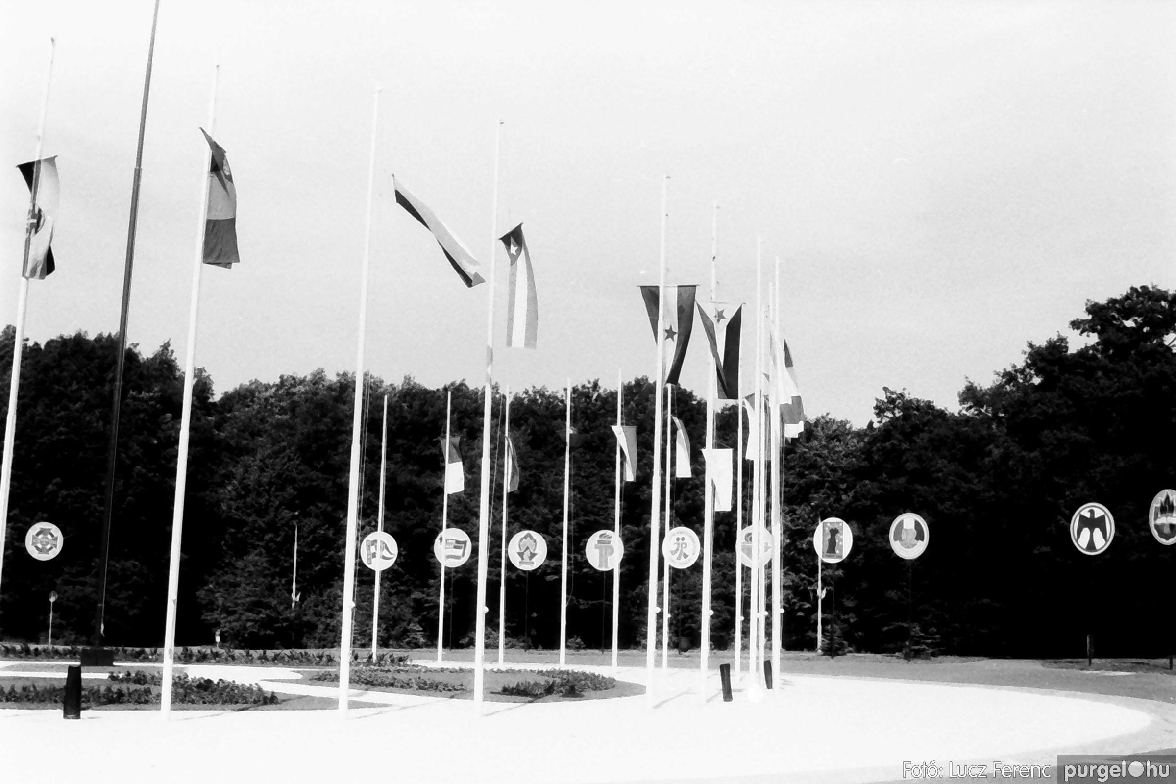 114, 115. 1978. Csillebérci emlékek 014. - Fotó: Lucz Ferenc.jpg