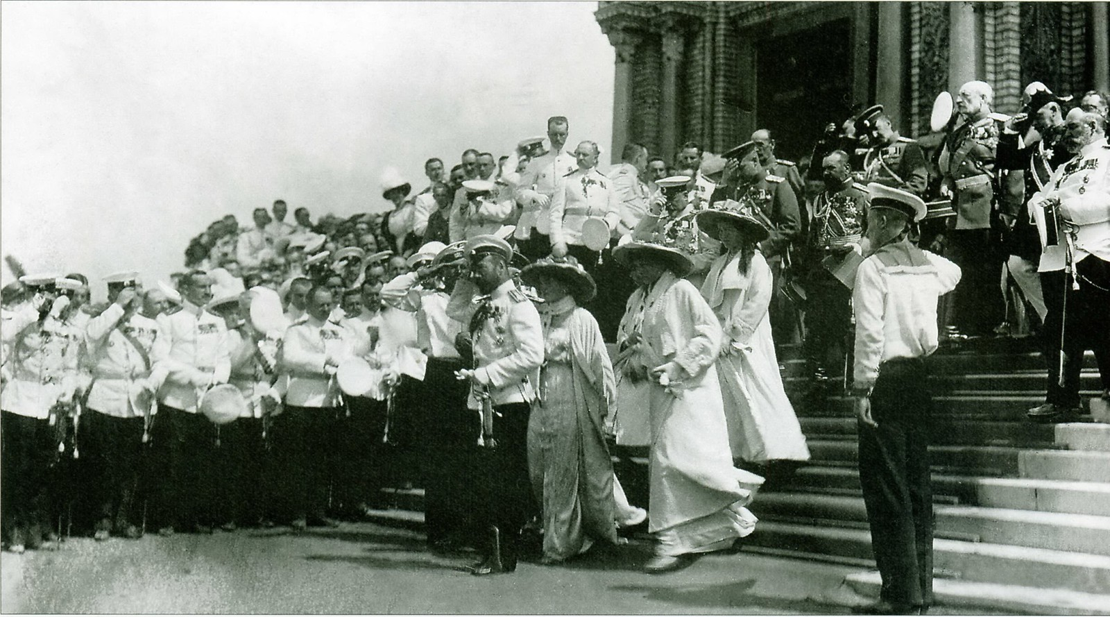 1913. Церемония освящения Морского Никольского собора. Июнь