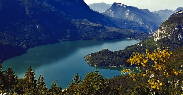 ITALIEN, Italy, Blick von oben auf den Molveno See, 79053/13664
