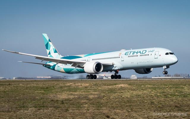 CDG | Etihad 'Greenliner' Boeing 787-10 Dreamliner | A6-BMH