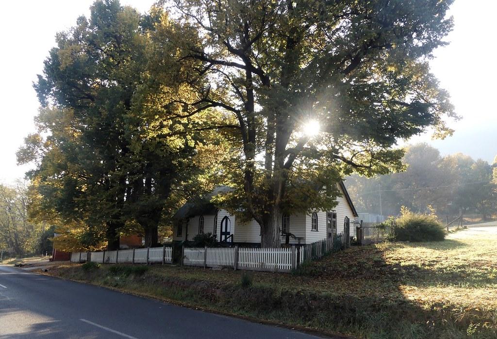 Early Morning Wandiligong.