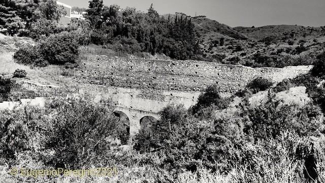 Acueducto Arroyo Teatinos