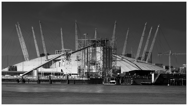 The O2 Between Raindrops …