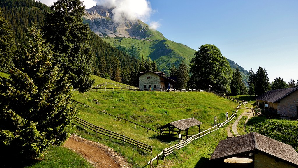 ITALIEN, Italy,  Blick Richtung Brenta-Gebirge(Dolomiten), 79050/13661