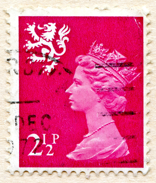 **May, 6th, Scottish Parliament election** beautiful 2 1/2p  regionalstamp Scotland timbre Machin Great Britain GB UK United Kingdom England Commonwealth Grossbritannien Queen Elizabeth QEII selo postage Royal Mail Windsor timbre stamp selo franco bollo